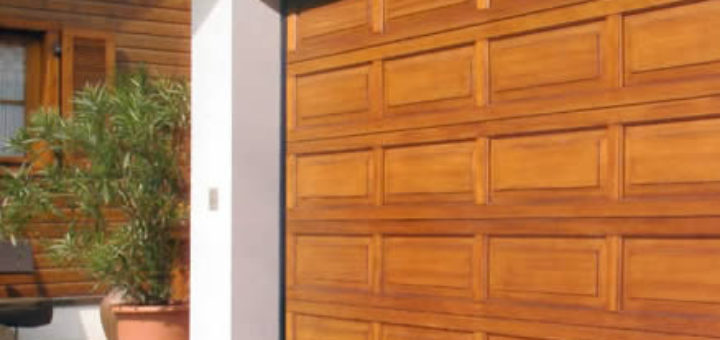 I diversi tipi di porta del garage consigli e usi - Tipi di porta ...